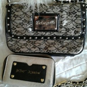 BETSEYVILLE CROSSBODY BAG AND BETSEY WRISTLET